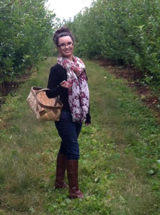 Brandie Apple Picking