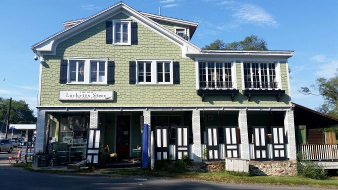 The Old Lucketts Store
